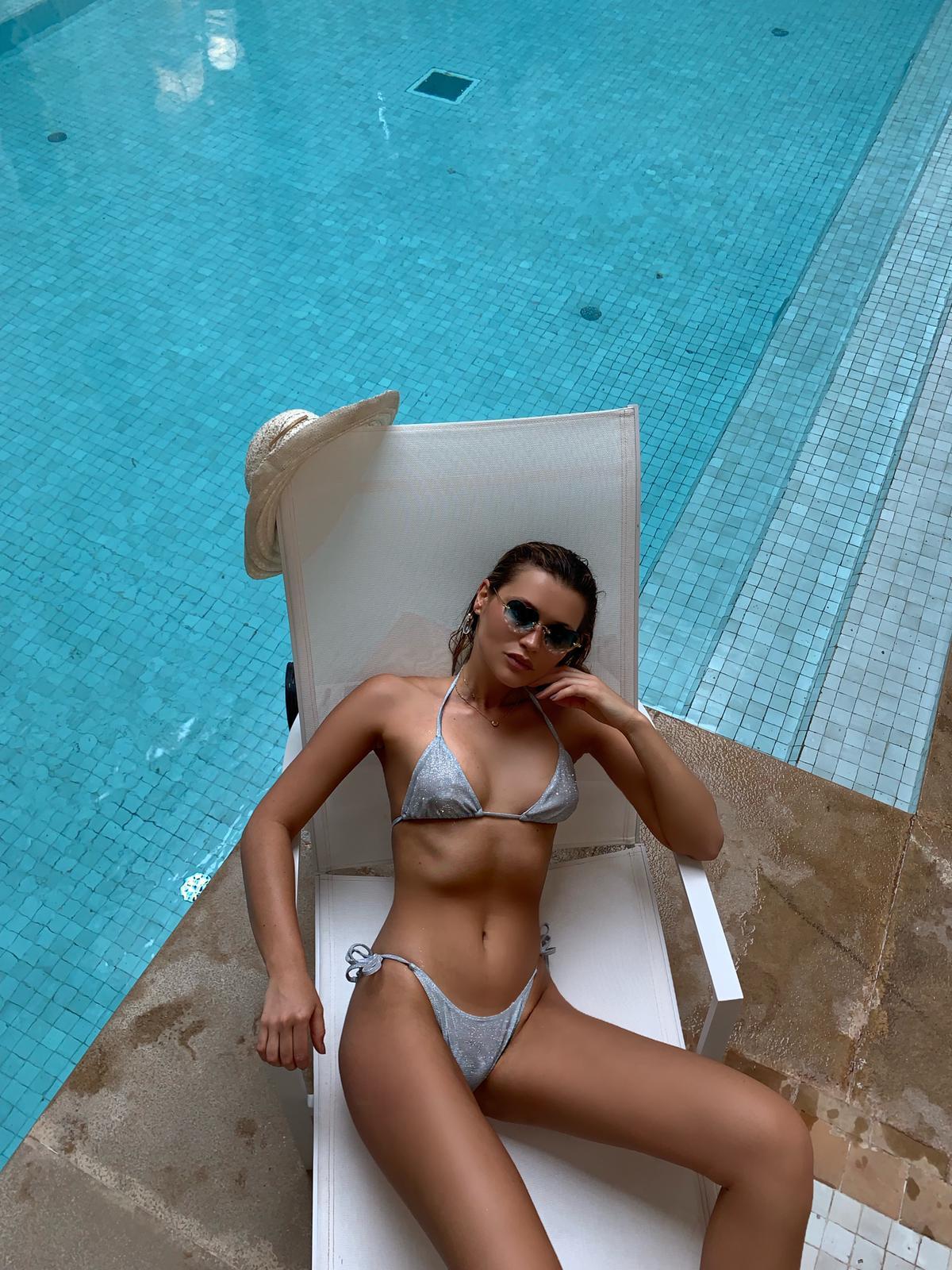 Bikini Triangle Shiny